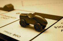 価格でミニバン比較